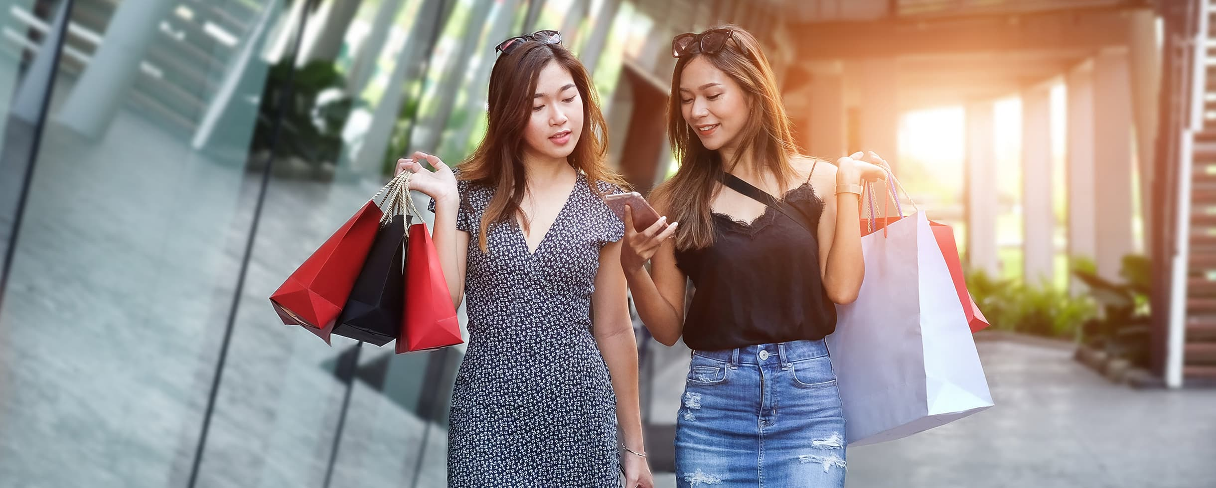 girlfriends shopping together