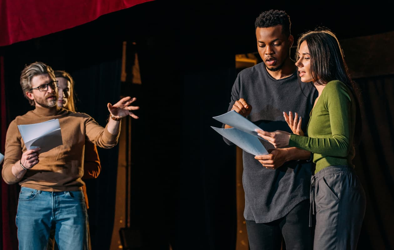 actors on stage - Portland museum and art guide